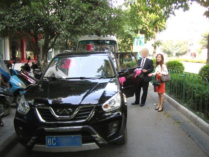2012.10.17結婚式車で003.jpg