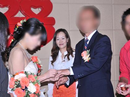 2012.10.17.誓いの指輪結婚式 107.jpg