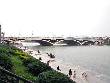 2013.4.13.解放橋2881.JPG