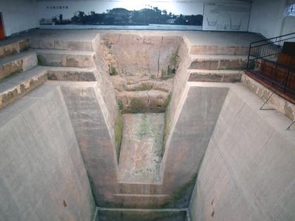馬王墓穴23.JPG