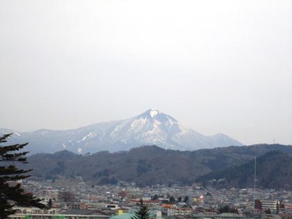2014年4月20日磐梯山鶴ヶ城より優菜35.JPG
