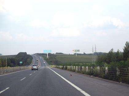 2014.8.22ハルピン高速道.JPG