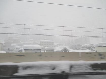 雪降り湯沢1.JPG