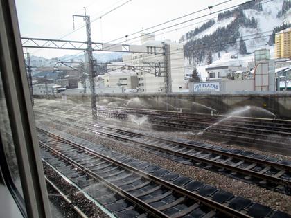 2015.2.8.3湯沢駅融雪.JPG