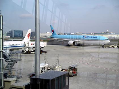 CA184便羽田空港2.JPG