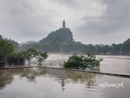 穿山的洪水12.jpg