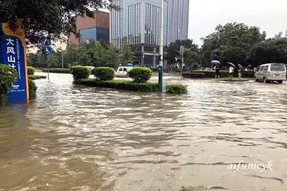 2019.7.13桂林洪水0.jpg